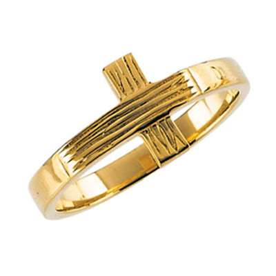 Women's Rustic Cross Ring in 14K Yellow Gold