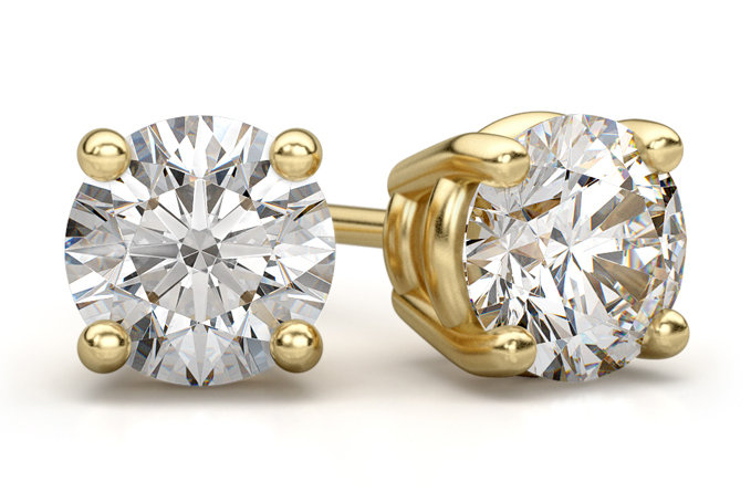 0.66 Carat Round Diamond Stud Earrings in 18K Yellow Gold