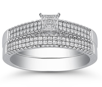 Buy 0.85 Carat Princess-Cut Diamond Wedding Ring Set