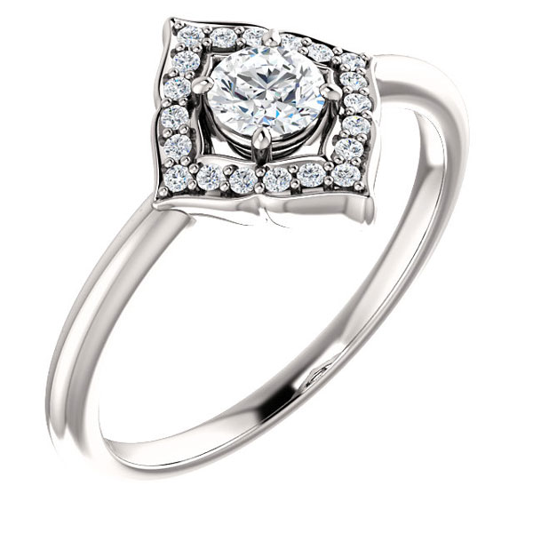 4-Pointed Diamond Halo Ring in 14K White Gold (1/2 Carat Total)