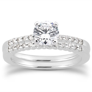 3/4 Carat Diamond Petite Bridal Set