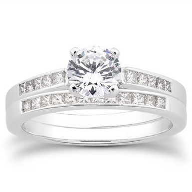 1.33 Carat Classic Diamond Bridal Ring Set