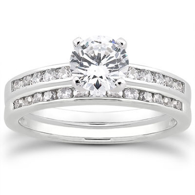 1.19 Carat Diamond Traditional Wedding and Engagement Ring Set
