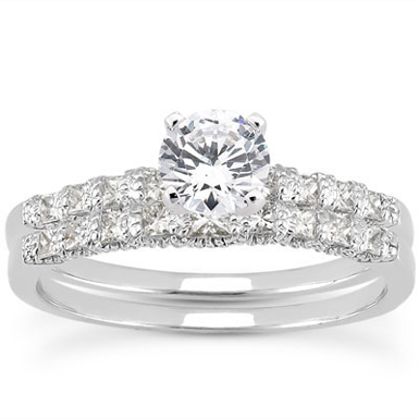 0.84 CaratClassic Diamond Engagement Set