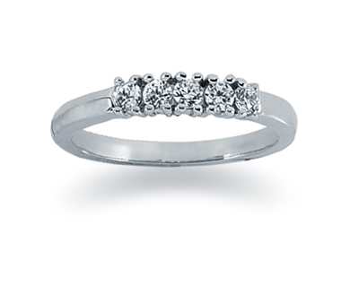 0.25 Carat Diamond Band in 18K White Gold