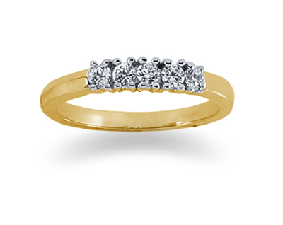 0.25 Carat Diamond Band in 14K Yellow Gold