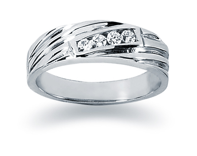 0.12 Carat Women's Diamond Wedding Band in 18K White Gold