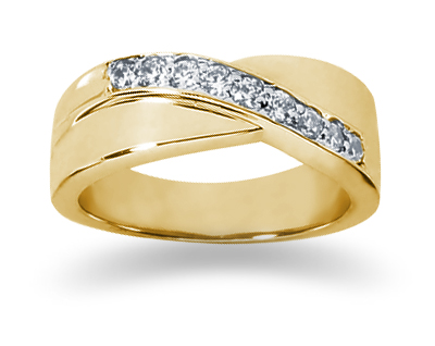 0.27 Carat Women's Diamond Wedding Band in 18K Yellow Gold