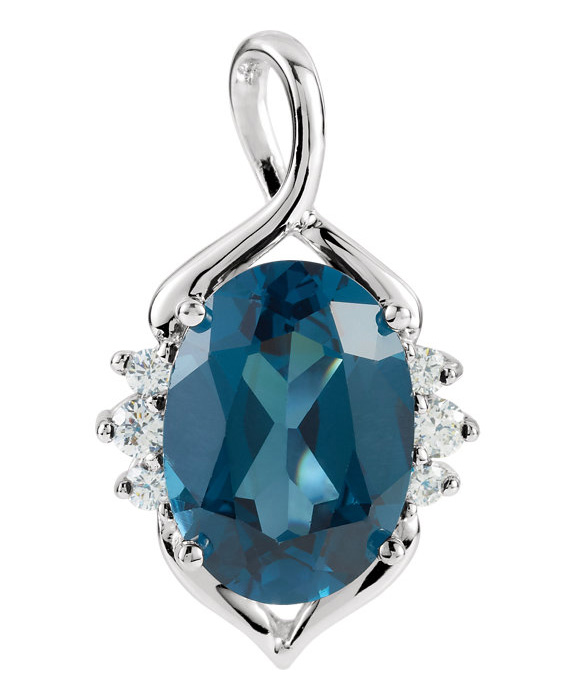 7.50 Carat Oval London Blue Topaz Necklace