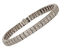14K White Gold Antique Rectangle Link 2.0 Carat Diamond Bracelet
