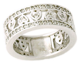 Byzantine 1 Carat Diamond Heart Band