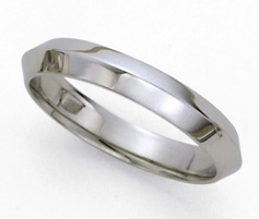 Knife-Edge Platinum Wedding Band - 4mm