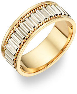18K Gold and Platinum Design Wedding Band