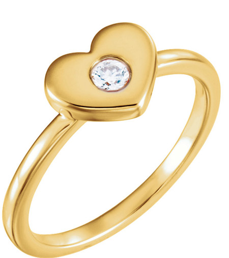 Solitaire Diamond Undivided Heart Ring for Women in 14K Gold