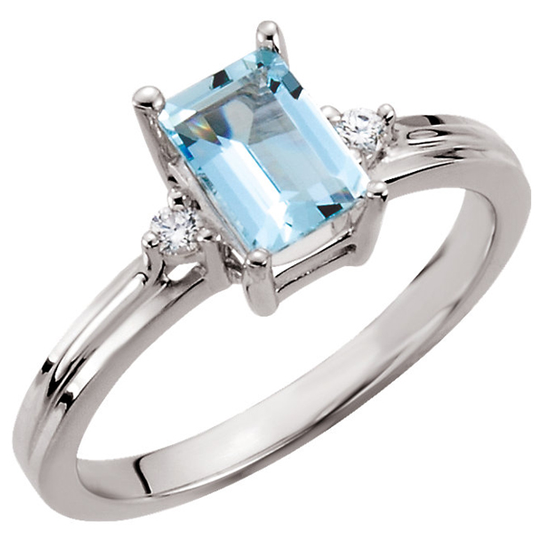 Octagon Faceted Aquamarine and Diamond Ring in 14K White Gold