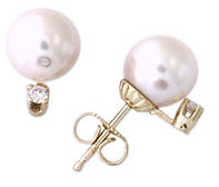 8 - 8.5 MM Cultured Pearl and .10 Carat Diamond Stud Earrings, 14K Yellow Gold
