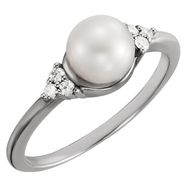 jewelpearl.com Trinity Diamond and Freshwater Pearl Ring