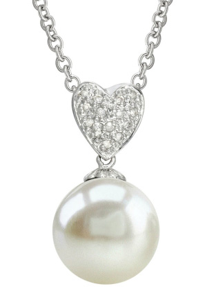 Heart-Shape White Freshwater Pearl & Diamond Pendant