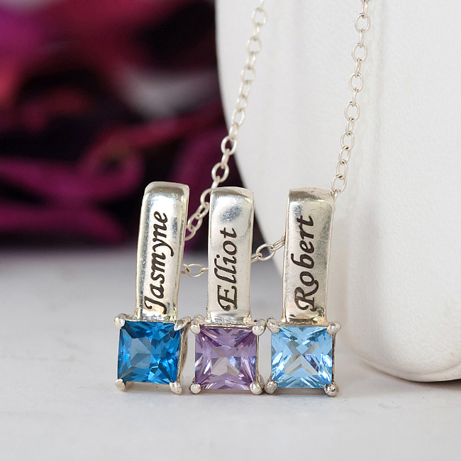 Personalized Mom Jewelry @ Its Finest!