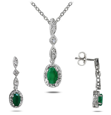 Emerald and Diamond Jewelry Set in .925 Sterling Silver
