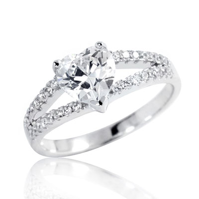 Heart-Shaped CZ Fashion Ring in Sterling Silver
