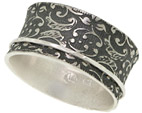 Eden Paisley Spinner Ring in Sterling Silver