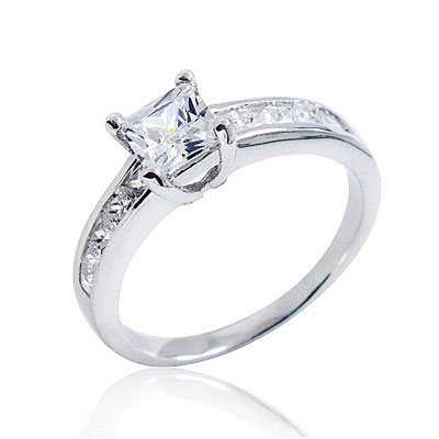 Stunning Silver Engagement Rings: Beauty on a Budget!