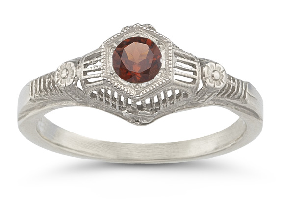 Vintage Garnet Floral Ring in .925 Sterling Silver