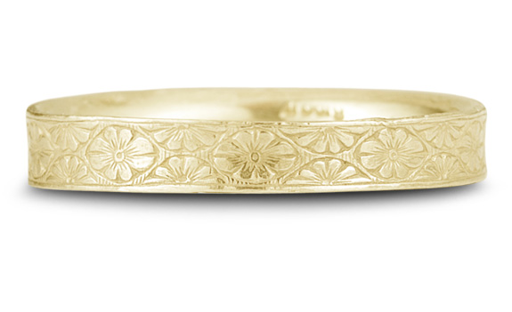 Vintage Floral Wedding Band in 14K Yellow Gold