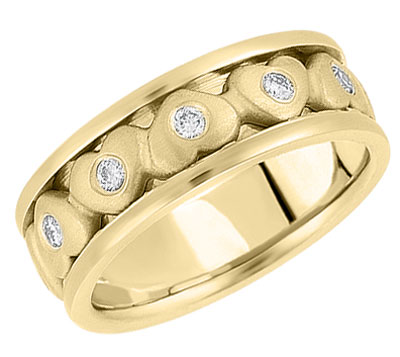 gold hearts wedding band
