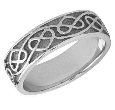 Celtic Heart Wedding Band in 14K White Gold