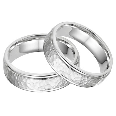 14K White Gold Hammered Wedding Band Set