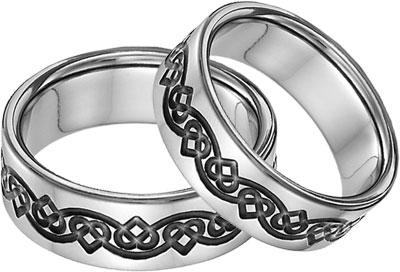 Black Titanium Celtic Heart Wedding Band Set
