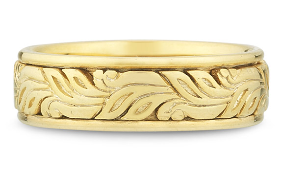 Modern Paisley Wedding Band in 18K Yellow Gold
