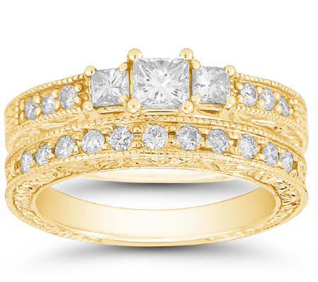 1 1/3 Carat Antique-Style Three Stone Princess Cut Weddign and Engagement Ring Set, 14K Yellow Gold