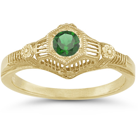 Antique-Style Green Flower Band Emerald Ring in 14K Yellow Gold