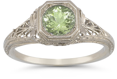 vintage filigree peridot ring
