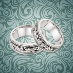 Pretty in Paisley Wedding Band Sets
