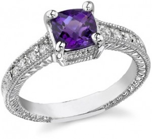 Spoil Yourself With Vintage Gemstone Rings 1