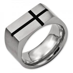 black-enamel-titanium-mens-cross-ring-QGRG-TB249C