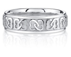 interlaced-celtic-heart-knot-wedding-band-JDB-114C