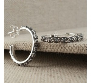 silver-flower-hoop-earrings