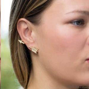 arrow-earrings-on-woman