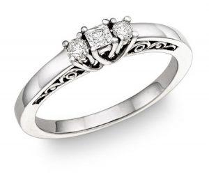 three-stone-round-and-princess-cut-diamond-ring