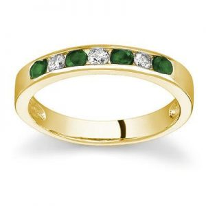 emerald-diamond-stackable-band