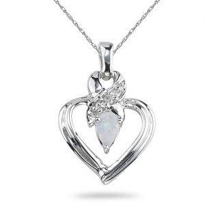 opal-heart-necklace-white-gold