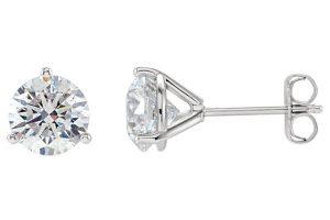 3-prong-diamond-stud-earrings