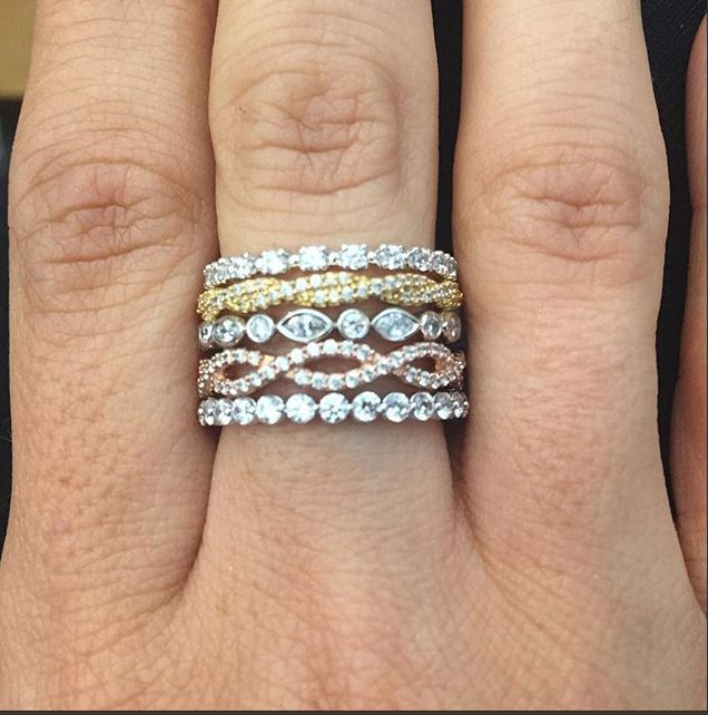 Shop & Browse our stunning collection of Diamond Rings. Shop Helzberg Diamonds, a Berkshire Hathaway Company.