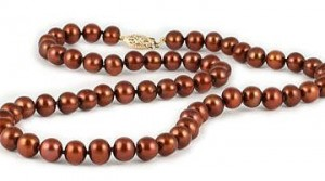 chocolate-pearl-necklace