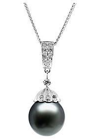 black-pearl-necklace